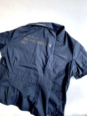 "画像1: EMPIRE Co.,Ltd Merch ""NOTRESURRECTION"" Zip Front Smock Shirt (Navy) [7,800+税]"